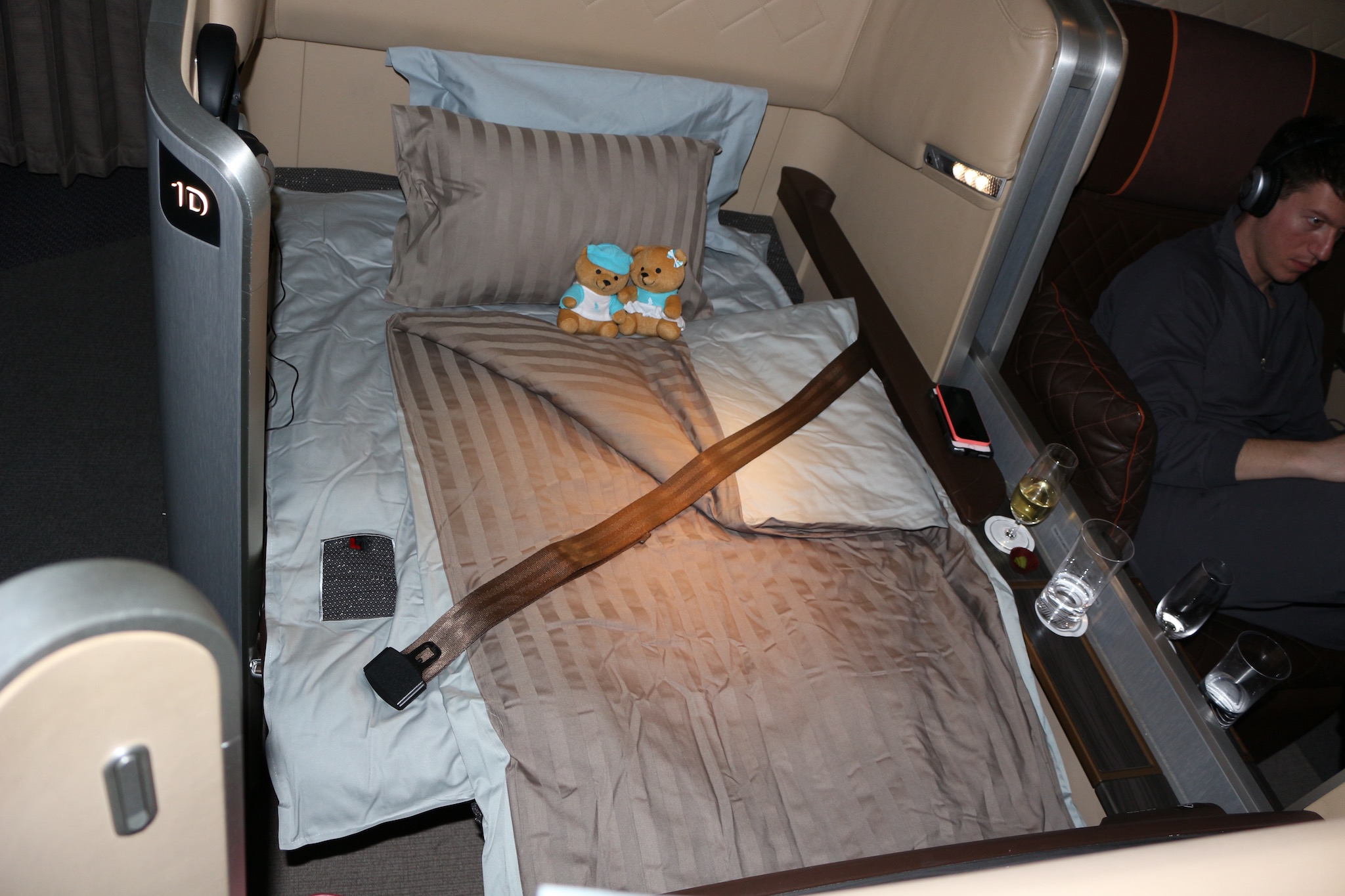 Singapore Airlines First Class Review 777